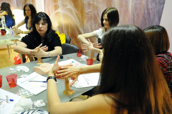 kurs seks, moskovska skola oralnog zadovoljavanja, rusija skola seks, seks instruktor, skola oralnog seksa, tecaj seks, tehnike zadovoljavanja, usavrsavanje seksa, vjezbe za muskarce seks, vjezbe za zene seks, oralni seks, kako oralnozadovoljiti, oralno ;ORALNI SEKS
