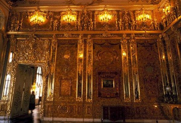 Ekhart-Gurlit-cilibarska-soba-zlato-nacisti-tajna